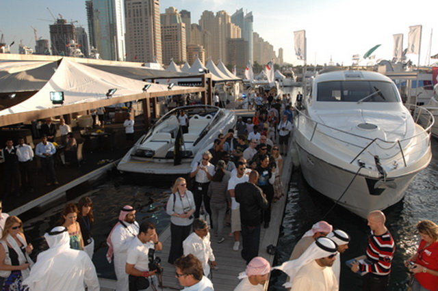 dubai-international-boat-show-05.jpg