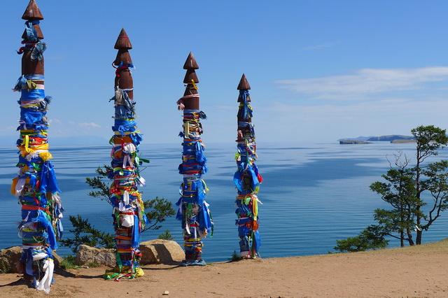 http://proboating.ru/media/uploads/island-olhon-baikal-05.jpg